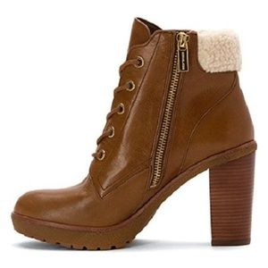 Michael Kors Boots/booties, Caramel Leather size 6